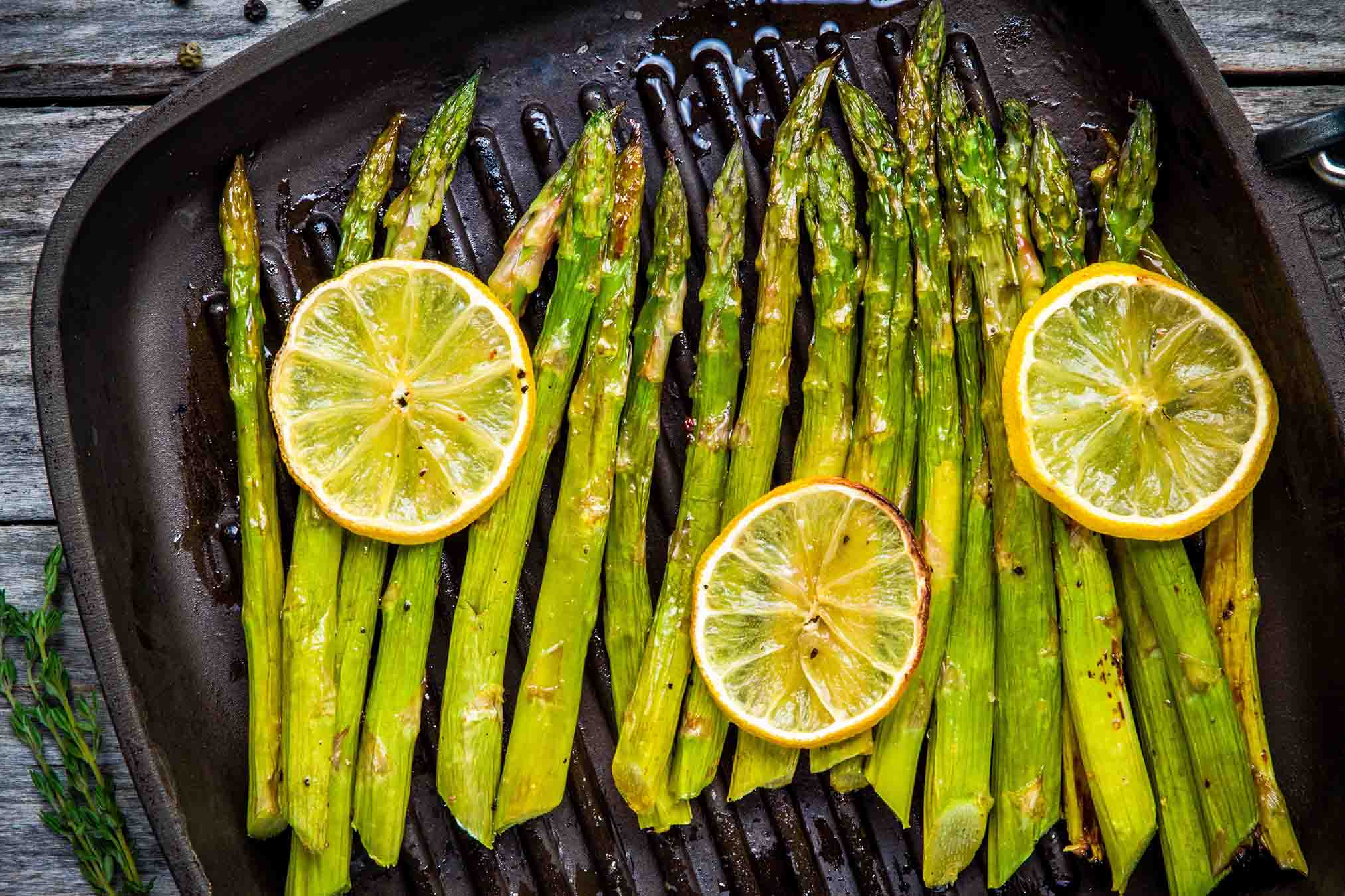 Grilled Asparagus with Lemon Pepper