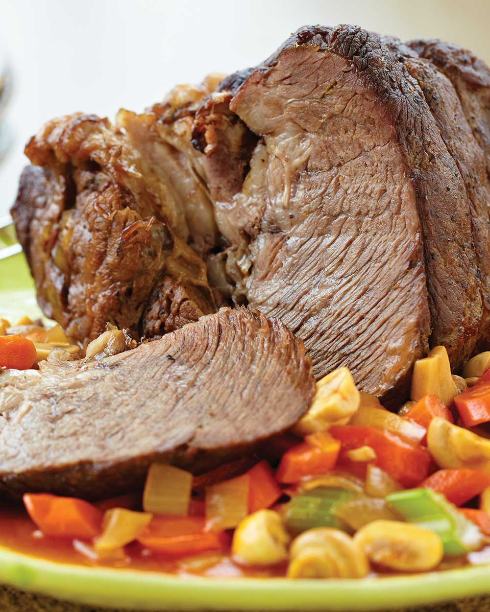 Arm Cut Roast with Vegetables