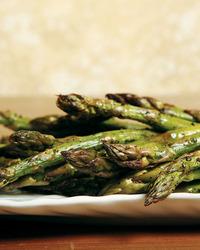 Asparagus with Walnut-Chive Vinaigrette