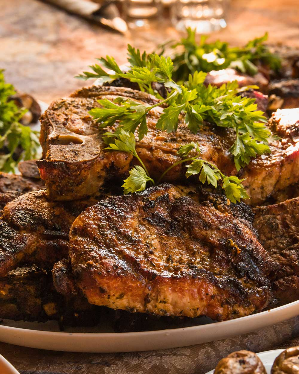 Easy Pork Chops with Garlic, Lemon and Parsley