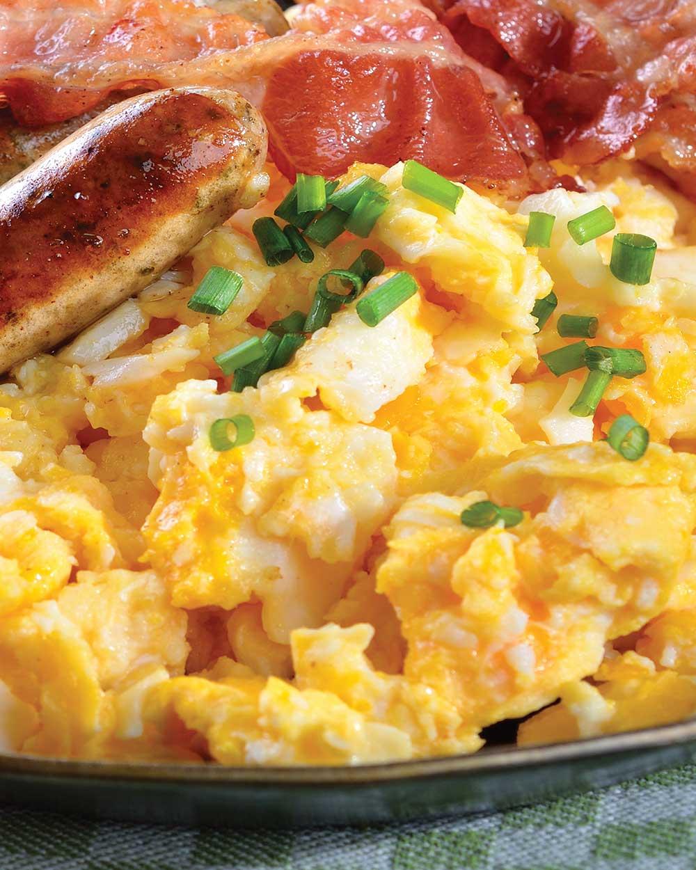 Cheesy Onion & Avocado Scrambled Eggs