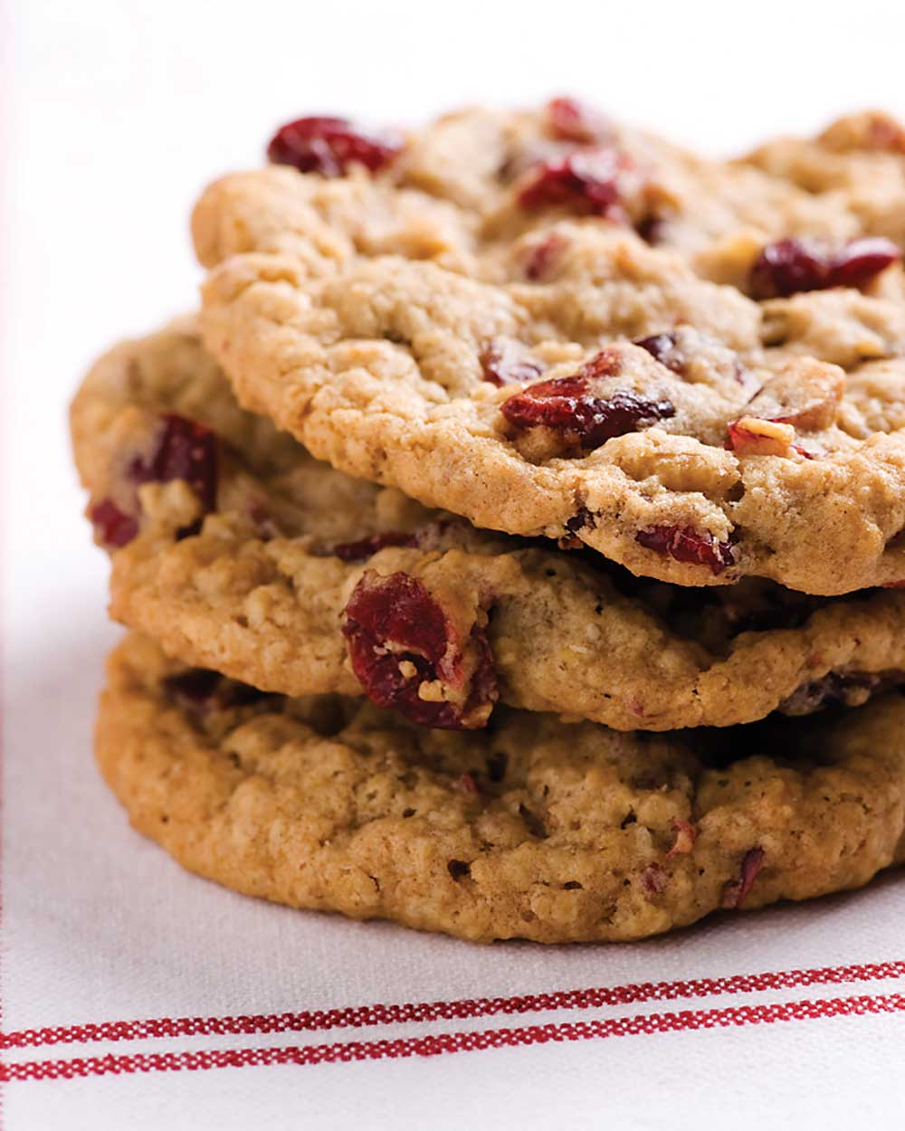 Chewy Cranberry and Applesauce Oatmeal Cookies