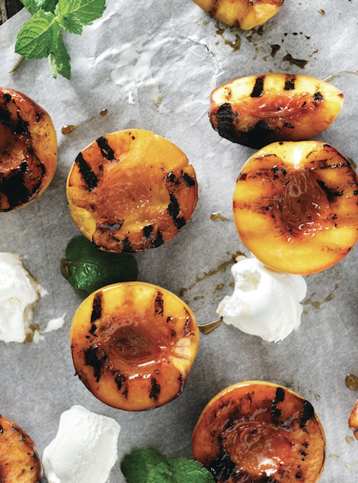 Cinnamon Sugar Grilled Peaches
