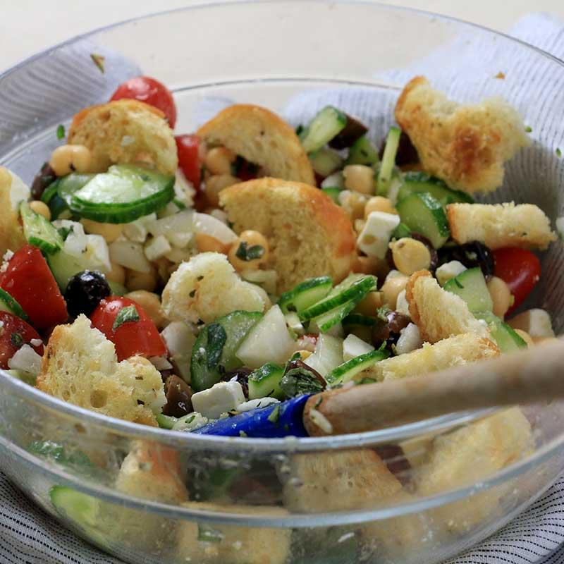 Chickpea Panzanella Salad with Walla Walla Sweet Onions