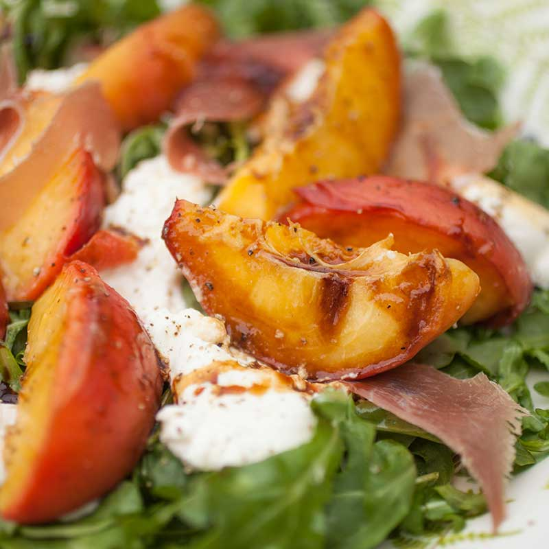 Grilled Peach, Arugula, and Fresh Mozzarella Salad