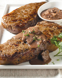 New York Steak With Mushroom Sauce